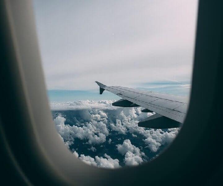 Вид с самолета - облака