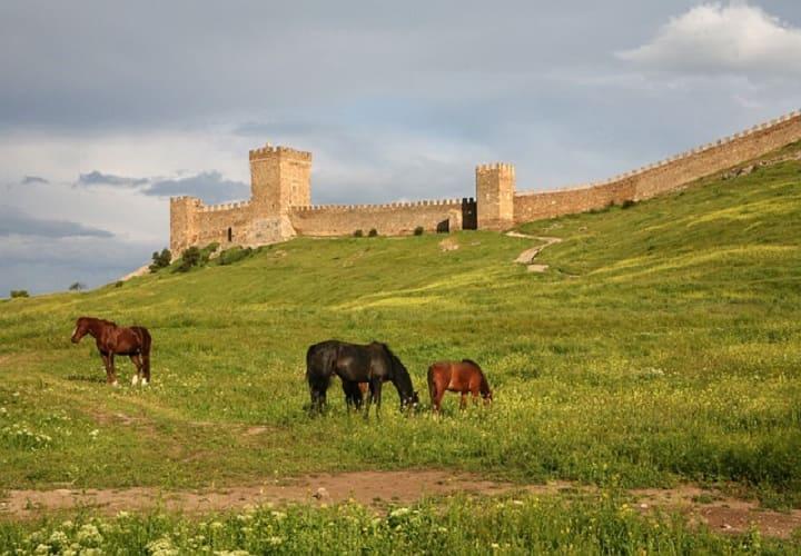 Посмотреть Крепость Судак