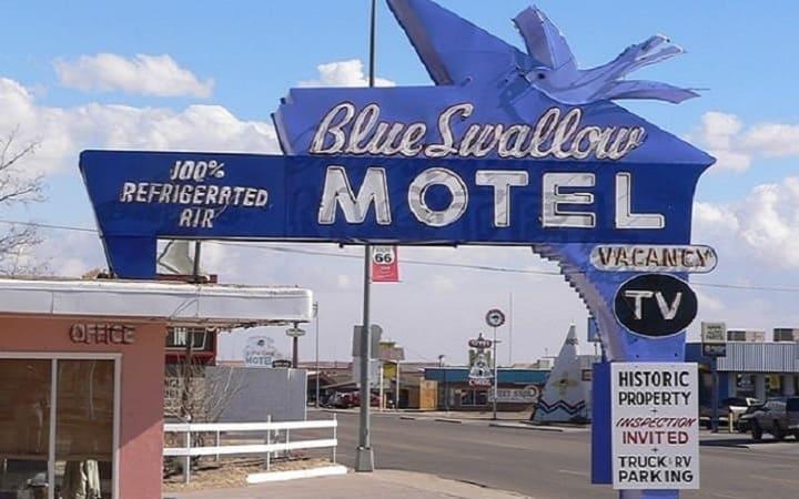 чем отель отличается от мотеля