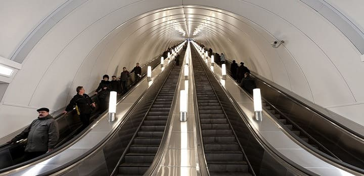глубокое метро в санкт-петербурге