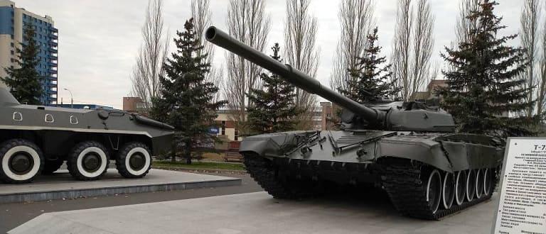 танк и парк Победы Казани